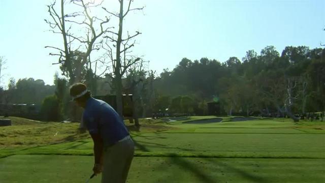 Bubba Watson sticks tee shot to set up birdie at Genesis