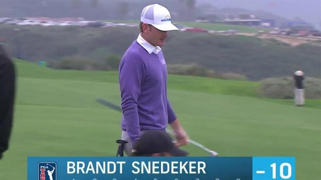 Brandt Snedeker rolls in 44-footer for birdie at Farmers