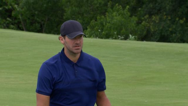 Today's Top Plays: Tony Romo's clutch chip-in eagle for Shot of the Day