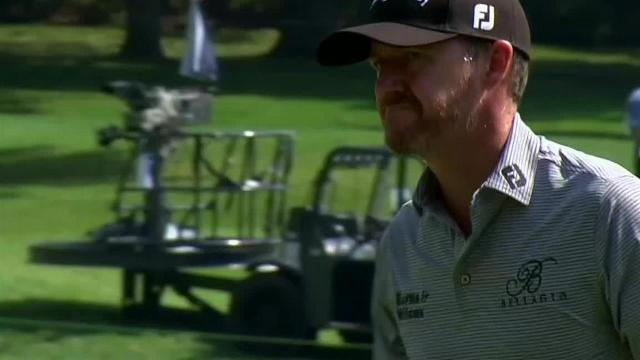 Jimmy Walker uses nice approach to set up birdie at The Greenbrier