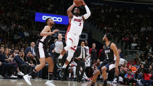 Dwyane Wade scores 20 points, Heat beat Wizards 113-108