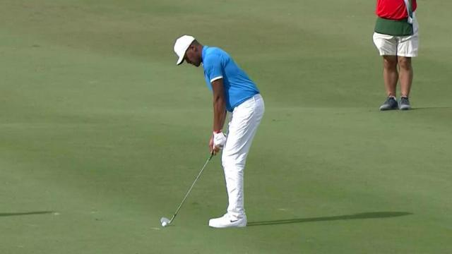 Tony Finau's flagstick-hitting approach at Hero