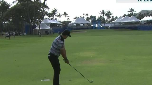 Rory Sabbatini reaches in two to set up birdie at the Sony Open
