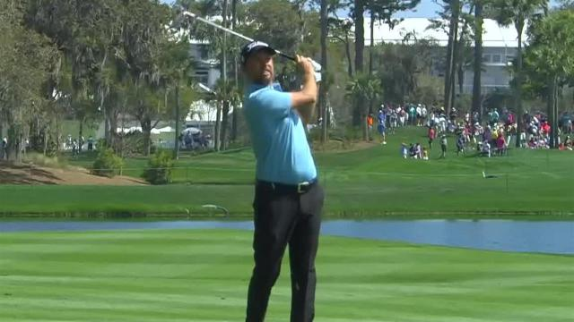 Webb Simpson's approach to 6 feet leads to birdie at THE PLAYERS
