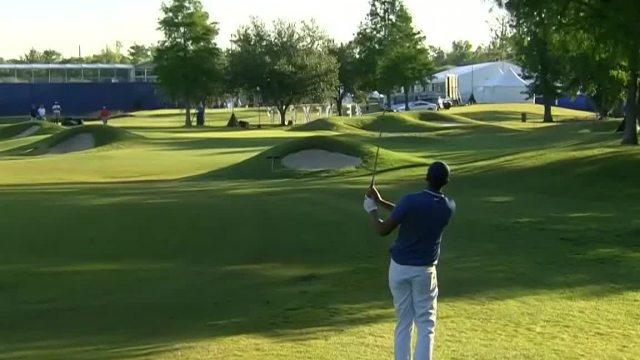 Tony Finau uses nice approach to set up birdie at Zurich Classic