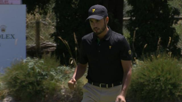 Abraham Ancer's lengthy birdie putt at the Presidents Cup