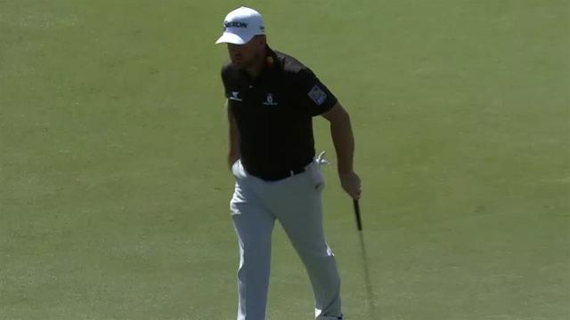 Graeme McDowell drains 21-footer for birdie at THE PLAYERS