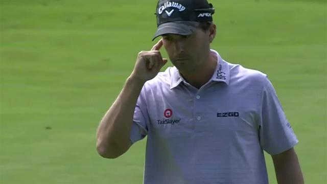 Kevin Kisner sinks birdie putt from off the green at Rocket Mortgage