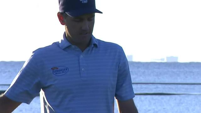 Brendon Todd birdies sinks birdie putt at Mayakoba