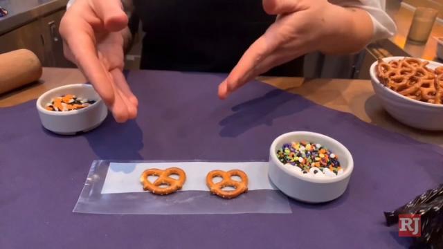 拉斯维加斯评论期刊新闻|专业人士为创造幽灵般的甜食而嘲笑